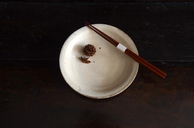 増田勉 粉引6寸皿