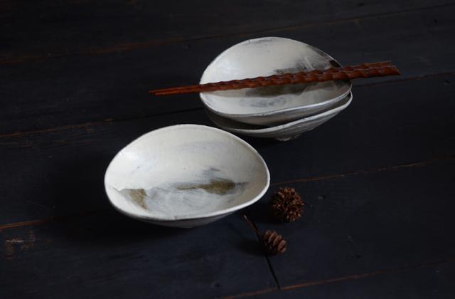 川口武亮 刷毛目楕円4.5寸鉢
