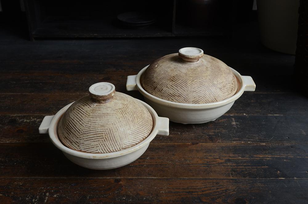 内田可織展 2 ヘリンボン柄の蓋の土鍋