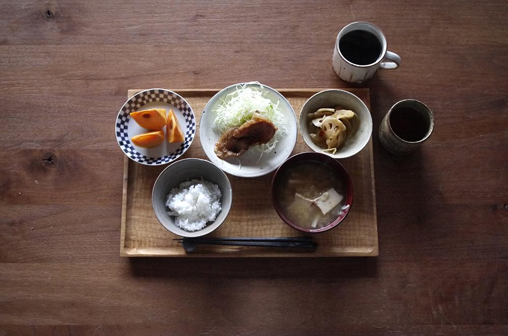 愛知県半田の松村英治さんの焼締の器が入荷しています