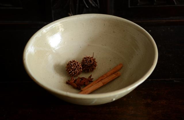 田谷直子 灰釉8寸鉢