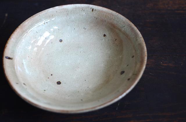 竹本ゆき子 粉引灰釉6寸リム鉢