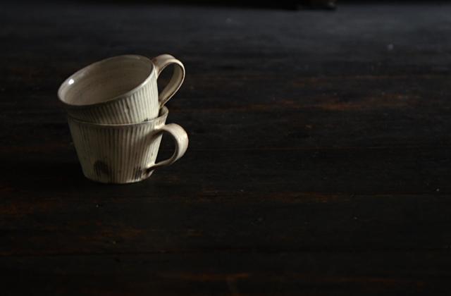 川口武亮 粉引しのぎマグカップ