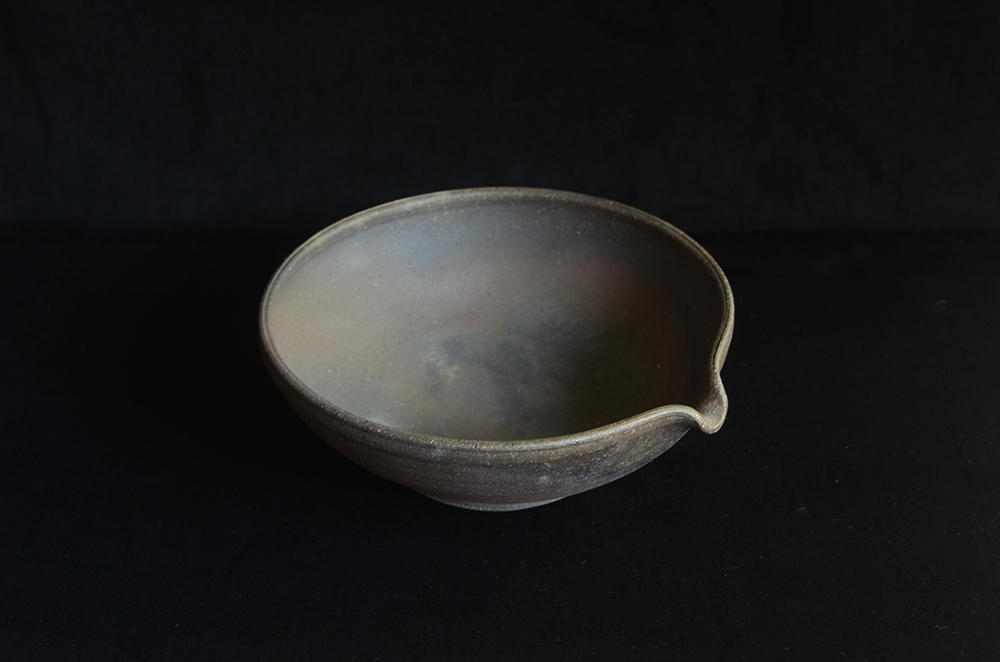 田谷直子さんの深緑の鉢