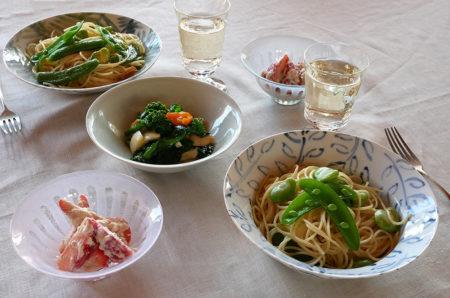 『【和食器屋さんの食卓】淡色の器で春らしいテーブルメイク』という記事をre:sumicaに掲載いただきました